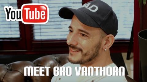 bro-vanthorn-tatoueur-paris-studio-tatouage-bete-humaine