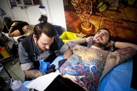 studio_tatouage_paris_bete_humaine_convention_tatouage_cantal_ink