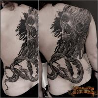 bete-humaine-tatoueur-paris-tatouage-tattoo-pieuvre