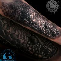 bete-humaine-tatoueur-paris-tatouage-tattoo-serpent