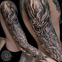 meilleur-tatoueur-paris-pierre-gilles-romieu-bete-humaine-epaule-smoke-skull-cthulhu