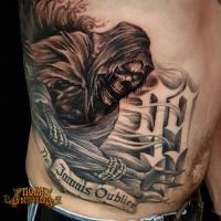 studio-tatouage-paris-tatoueuse-tatoueur-mort-death