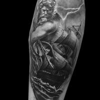 tatoueur-paris-guest-tatouage-poseidon-bete-humaine
