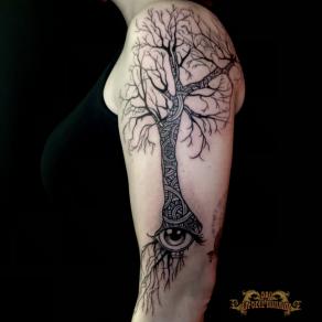 meilleur-tatoueur-paris-bro-vanthorn-tatouage-tattoo-arbre-racines