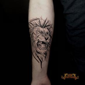 meilleur-tatoueur-paris-bro-vanthorn-tatouage-tattoo-lion-traits