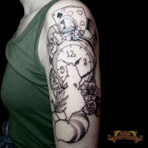 meilleur-tatoueur-paris-bro-tatouage-tattoo-alice-pays-merveilles