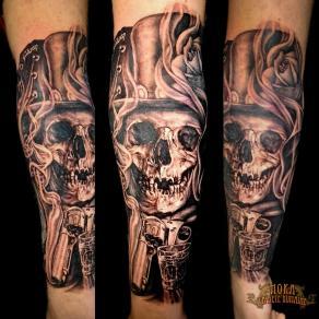 2-moka-tatoueur-paris-realiste-style-realisme-tatouage-tattoo-crane-chapeau