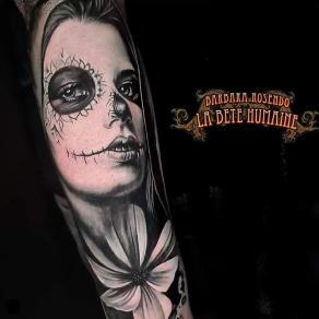 meilleure-tatoueuse-paris-barbara-rosendo-tatouage-tattoo-catrina-fleur