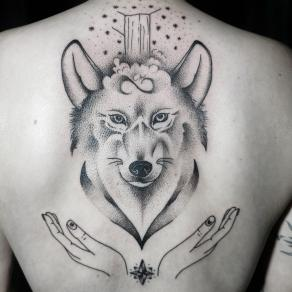 7-tatoueuse-guest-paris-baybay-blondy-tatouage-tattoo-loup