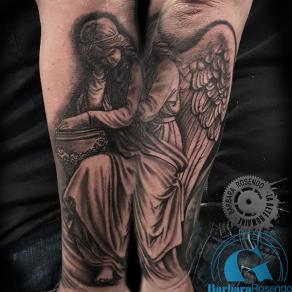 barbara-rosendo-realistic-tattoo-tatouage-realiste-noir-et-gris-black-and-grey-ange-angel