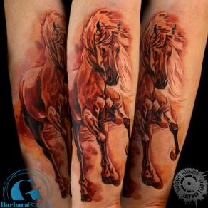 barbara-rosendo-realistic-tattoo-tatouage-realiste-colors-couleurs-cheval-horse