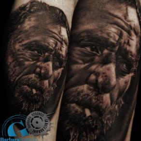 barbara-rosendo-realistic-tattoo-tatouage-realiste-noir-et-gris-black-and-grey-bukowski
