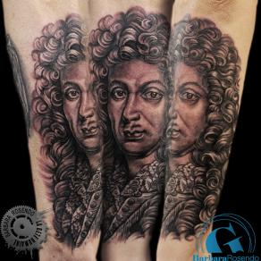barbara-rosendo-realistic-tattoo-tatouage-realiste-noir-et-gris-black-and-grey-lully