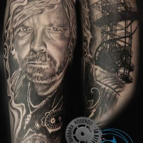 barbara-rosendo-realistic-tattoo-tatouage-realiste-noir-et-gris-black-and-grey-renaud