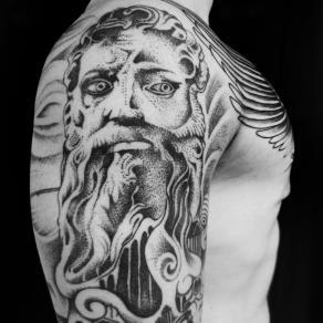 baybay-blondy-tatoueuse-studio-tatouage-paris-bete-humaine