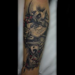 Moka_guest_tattoo_dark_kiss