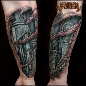 meilleur-tatoueur-paris-pierre-gilles-romieu-tatouage-avant-bras-biomeca-tattoo
