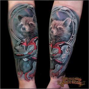meilleur-tatoueur-paris-pierre-gilles-romieu-tatouage-rocket-gardiens-galaxie-tattoo