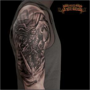 meilleur-tatoueur-paris-pierre-gilles-romieu-tatouage-valkyrie-tattoo