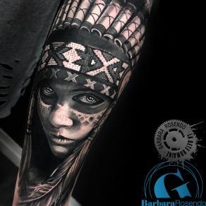 meilleure-tatoueuse-paris-barbara-rosendo-tatouage-amerindienne-tattoo