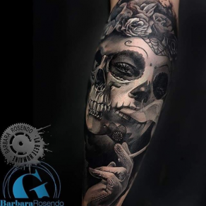 meilleure-tatoueuse-paris-barbara-rosendo-tatouage-catrina-cigarette-tattoo