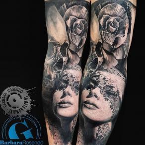 meilleure-tatoueuse-paris-barbara-rosendo-tatouage-crane-skull-rose-tattoo