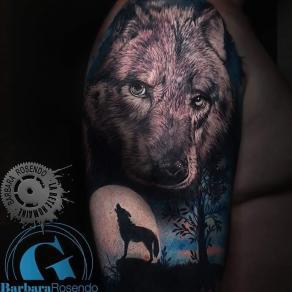 meilleure-tatoueuse-paris-barbara-rosendo-tatouage-loup-pleine-lune-tattoo