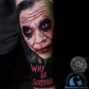 meilleure-tatoueuse-paris-barbara-rosendo-tatouage-portrait-realiste-joker-tattoo