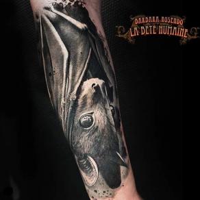 meilleure-tatoueuse-paris-barbara-rosendo-tatouage-tattoo-bat-chauve-souris