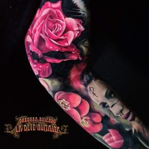 meilleure-tatoueuse-paris-barbara-rosendo-tatouage-tattoo-femme-viking