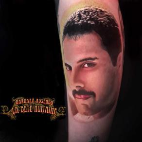 meilleure-tatoueuse-paris-barbara-rosendo-tatouage-tattoo-freddie-mercury