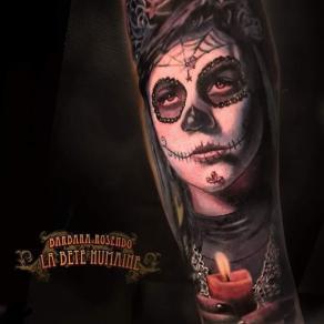 meilleure-tatoueuse-paris-barbara-rosendo-tatouage-tattoo-santa-muerte-bougie