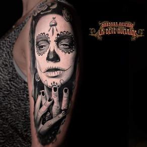 meilleure-tatoueuse-paris-barbara-rosendo-tatouage-tattoo-santa-muerte