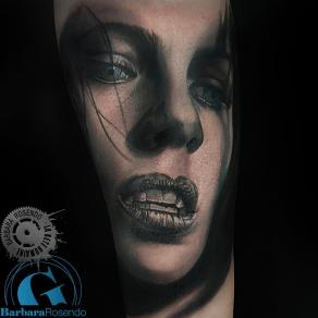 meilleure-tatoueuse-paris-barbara-rosendo-tatouage-underworld-tattoo