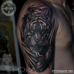 Moka_guest_tattoo_tigre_epaule